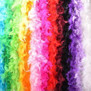 Боа, перья, мех
